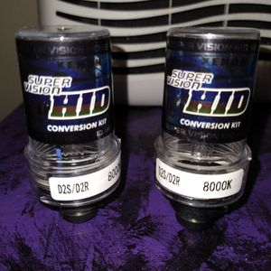 D2S/D2R 8000K HID HEADLIGHT BULBS by XENON SUPER VISION for Sale in Oregon City, OR
