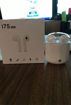 I7 tws wireless earbuds unused for Sale in Delray Beach, FL