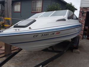 Good fishing boat for cheap 19 foot Bayliner cuddy cabin with 95 horse Evinrude outboard runs excellent for Sale in Vallejo, CA