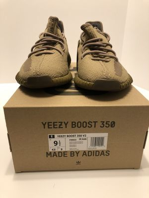 Adidas Yeezy Boost 350 V2 Earth Size 9.5 for Sale in Buena Park, CA