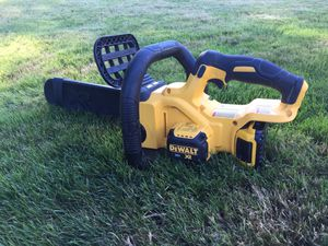 "Dewalt 20v XR 12"" chain saw for Sale in Tacoma, WA"