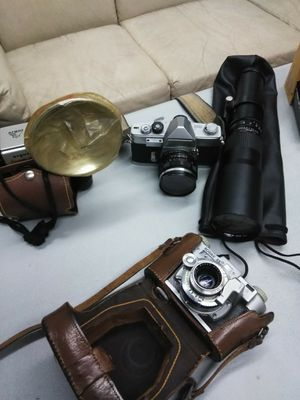 NEW IN CASE MINOLTA CAMERA LENS 500MM for Sale in San Diego, CA