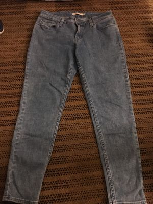 Levi jeans women size 31 for Sale in Chicago, IL