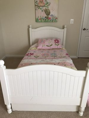 Pottery Barn, twin Catalina bed. Simply white for Sale in Leesburg, VA
