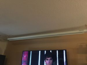 Electric screen projector with remote for Sale in Oakland Park, FL