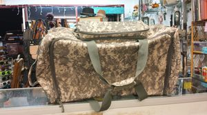 Military Suitcase/Duffle Bag for Sale in Converse, TX
