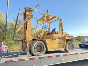 All-terrain forklift 15,000 pounds Need propane tank that's it for Sale in Arlington, TX