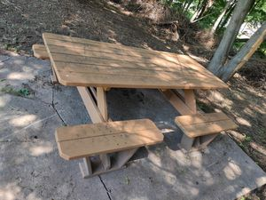 Picnic table for Sale in Meriden, CT
