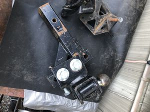 Sway-away tow hitch in great condition for Sale in Shoreline, WA