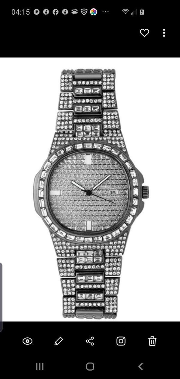 Iced Quartz Men's Fashion Watch in Black Gold