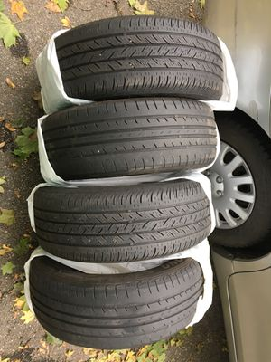 4 all seasons tires R16 for Sale in Boston, MA