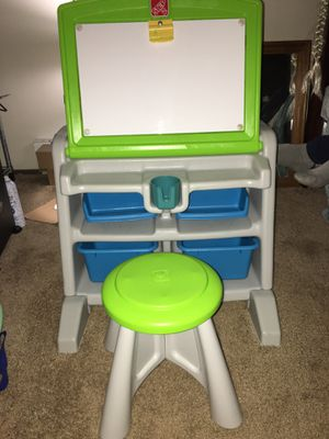 Kids desk for Sale in Gresham, OR