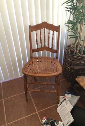 Antique chair for Sale in Mocksville, NC