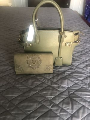 Charming Charlie green purse for Sale in Buda, TX