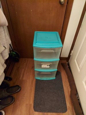 3 drawer filing bin/nightstand for Sale in Aurora, IL