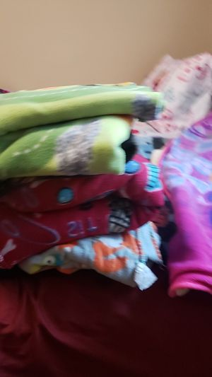 Blankets for Sale in San Bernardino, CA