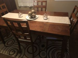 Dining set with 4 chairs for Sale in Raleigh, NC