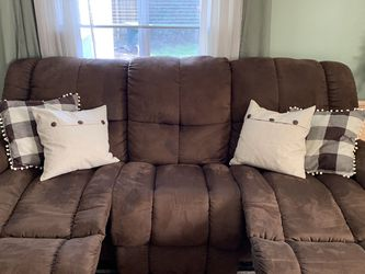LazyBoy Recliner Sofa and Loveseat for Sale in Hillsboro,  OR