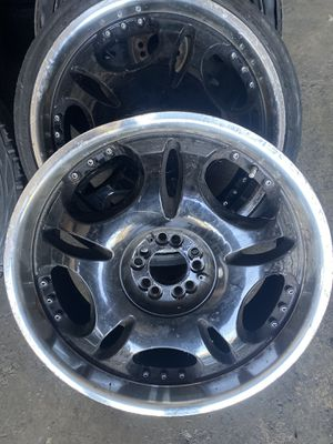 20 inch rims for Sale in Columbus, OH