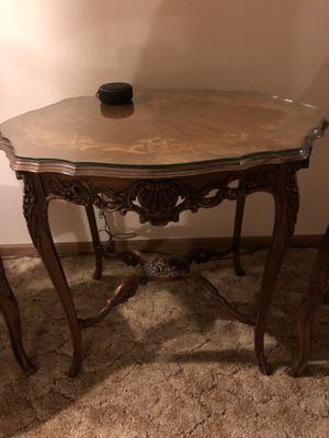 Antique French carved parlor table for Sale in Tinley Park, IL