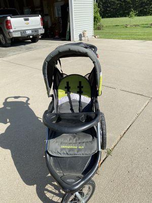 Jogging and walking stroller for Sale in Millington, MI