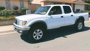 Well maintained 2003 Toyota Tacoma Rear camera for Sale in Portsmouth, VA