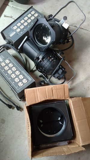 Altman ellipsoidals, leprecon 6ch dimmers, barn door for Sale in Vancouver, WA