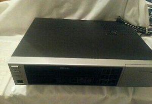 VHS HQ Video Cassette Recorder Model VR 1810-1 IN GREAT CONDITION Zenith VHS HQ Video Cassette Recorder Model VR 1810-1 for Sale in Cypress, CA