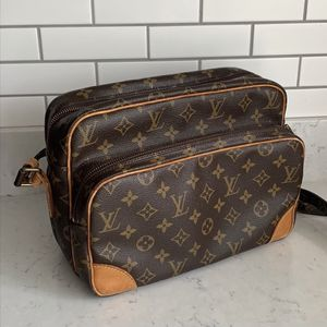 LOUIS VUITTON Nile bag (Authentic & Proof Of Purchase) for Sale in San Diego, CA