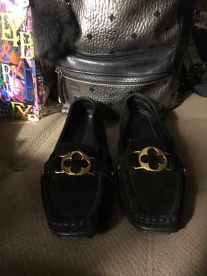 Authentic Louis Vuitton Suede Rumor Loafers for Sale in Nashville, TN