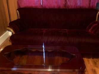 Burgundy Couches for Sale in Irving,  TX