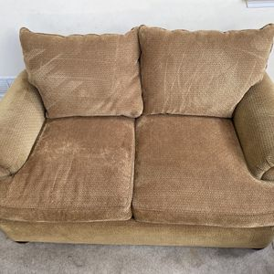 Brown Patterned Upholstered Two Seater Sofa by Thomasville for Sale in Romeoville, IL