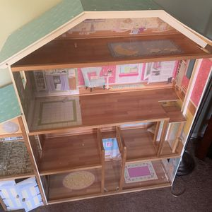 Barbie Toy House for Sale in Aurora, IL