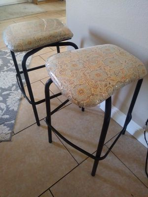2 swivel bar stools good condition for Sale in Whittier, CA