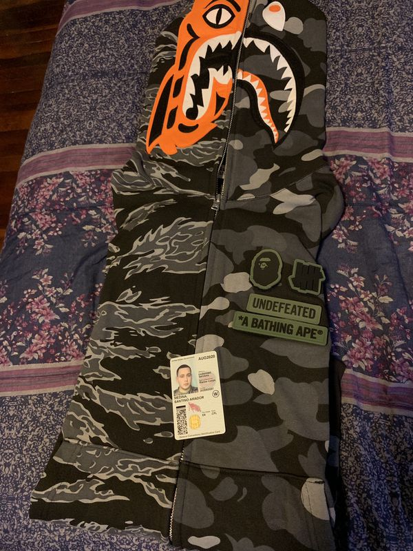 Bape X undefeated hoodie. XL