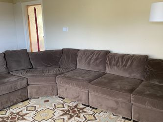 Pending Sale: Sectional Couch for Sale in Seattle,  WA