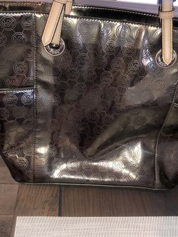 Michael Kors Metallic Tote for Sale in Fort Worth,  TX