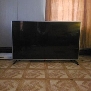 60 Inch LG TV for Sale in Groveport, OH