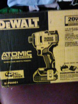 Dewalt & Milwaukee Drill/Drivers for Sale in St. Louis,  MO