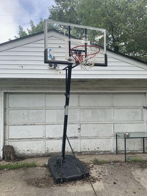 Spalding basketball for Sale in Cleveland, OH