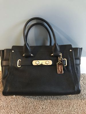 Coach cross body bag for Sale in Gambrills, MD