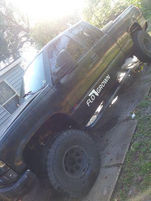 96 Chevy silverado k1500 for Sale in Lakeland, FL