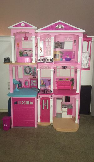 Barbie Doll House for Sale in Mesquite, TX
