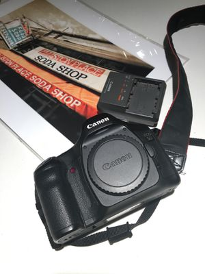 Canon 5D professional quality. My backup camera with very little use. Complete with battery and charger. for Sale in Franklin, TN