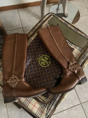 Tory Burch high end leather boots fits 7-7.5 for Sale in El Paso, TX