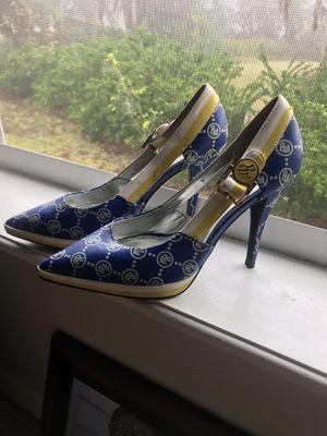 SIZE 8 ...roca wear shoes for Sale in Lakeland, FL