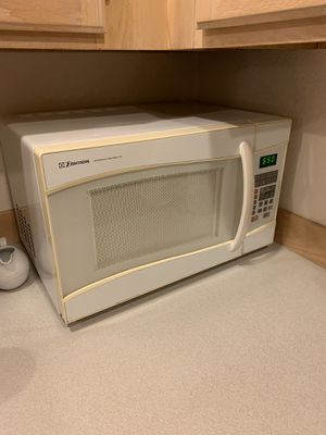 Emerson microwave for Sale in Seattle, WA