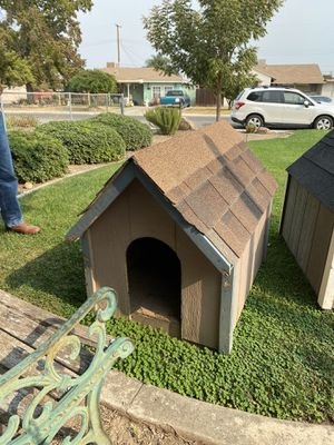 Doghouse for Sale in Reedley, CA