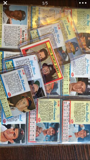 2000+ Baseball Football NBA Sports Cards 1960+. STARS AND MORE I for Sale in Salem, OR
