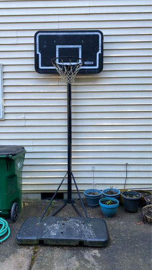 Basketball hoop for Sale in Beaverton, OR